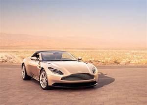 Nouvelle Aston Martin : aston martin db11 volante daniel rufiange adg ~ Maxctalentgroup.com Avis de Voitures