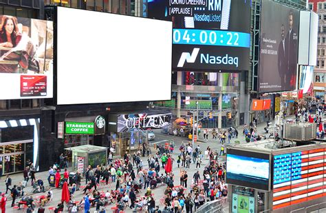 Blank Square Billboard times square nyc clear channel spectacolor 820 x 536 · jpeg
