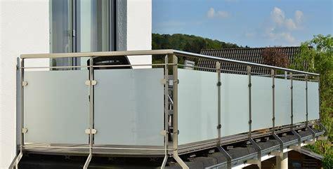 sichtschutz balkon kunststoff balkon sichtschutz garten einebinsenweisheit