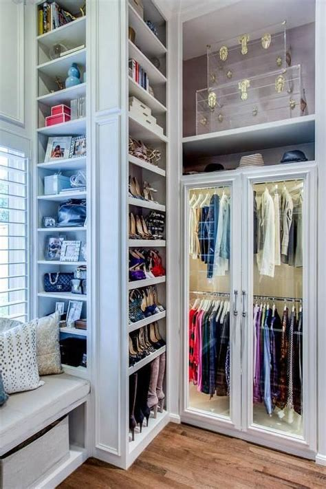 Ideas To Organize Closets by 32 Cool And Smart Ideas To Organize Your Closet Digsdigs