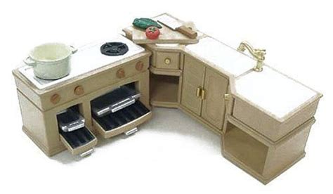 kitchen cabinet photo gallery 155 best sylvanian families images on doll 5651