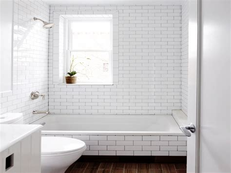 Bathroom Tile Grout by White Subway Tile Bathroom Grout White Subway Tile