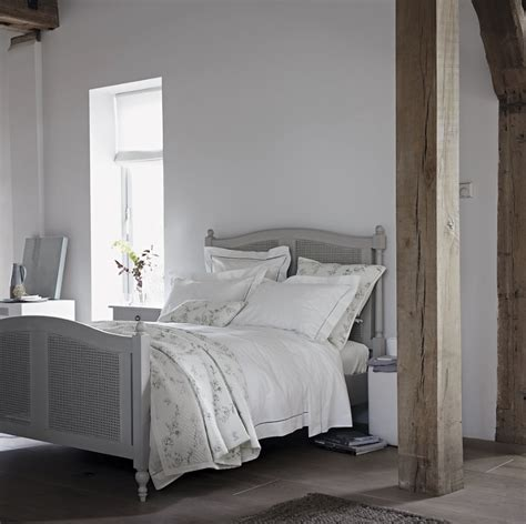 grey and white bedroom 10 of the prettiest grey bedroom decorating ideas