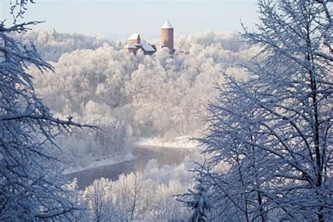 8 labākās vietas, kur Siguldā meklēt skaistākās ziemas ainavas | Sigulda, Latvija | BalticTravelnews