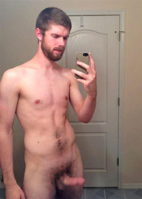 Brunette Gay Man With Beard Posing Sexy Nude Twinks