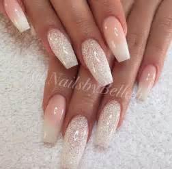 Holiday nail art styling