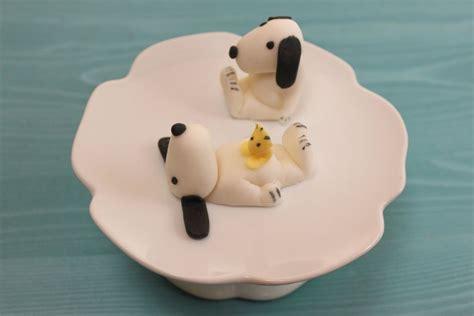 fondant selber machen anleitung snoopy cupcake topper cupcake deko aus fondant absolute lebenslust