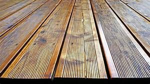 Holz Versiegeln Gegen Wasser : 5 tipps zum thema holzschutz in bauen wohnen ratgeber ~ Lizthompson.info Haus und Dekorationen