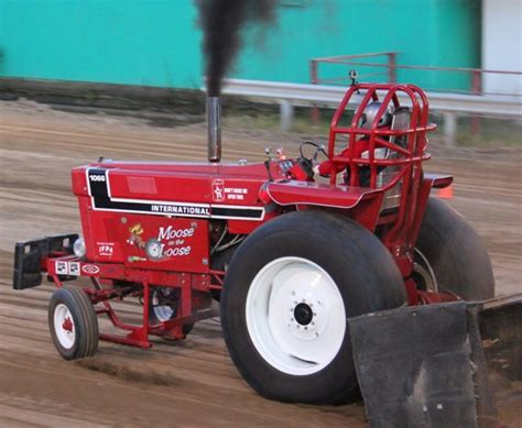 pleasant hill pictures illinois farm pullers association