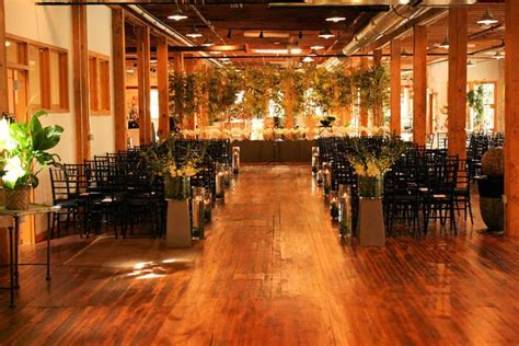 planning  michigan wedding  pearls  downtown