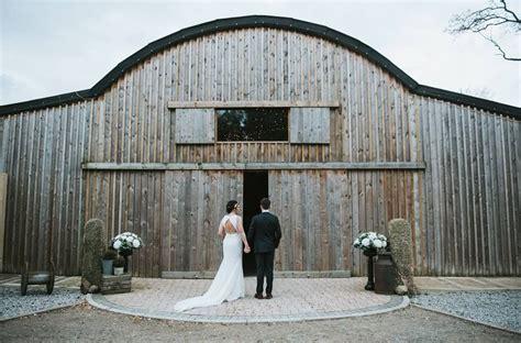 alcumlow wedding barn      unique wedding