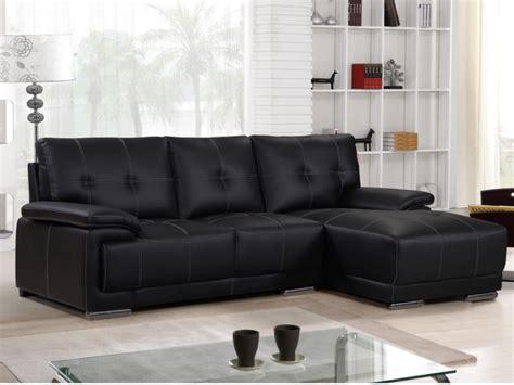 canapé facile à faire canapé d 39 angle en simili noir et coutures blanches riveo