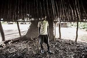 Uganda: Onchocerciasis-river blindness along the Agogo ...