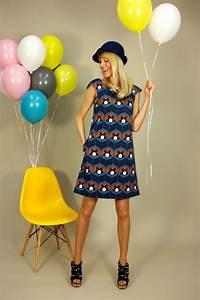 Bonnie And Buttermilk : knielange kleider a linien kleid tigerlilly blue ein designerst ck von bonnie and ~ Markanthonyermac.com Haus und Dekorationen