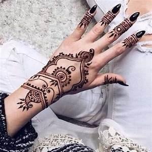 44 Henna Body Tattoos To Transform Your Figure Into Art