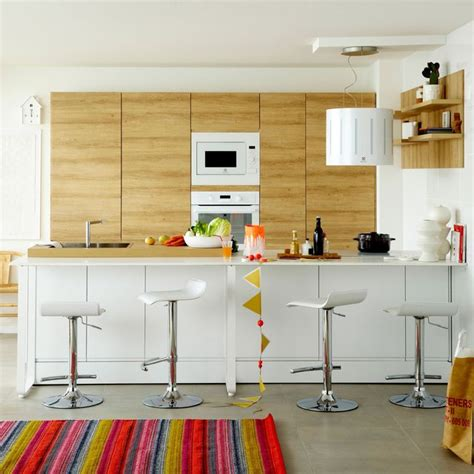 implantation cuisine ouverte cuisine avec coin repas table bar îlot pour manger