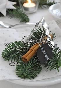 Tischdeko Ideen Weihnachten : die besten 17 ideen zu weihnachtliche tischdekoration auf pinterest weihnachtsessen tische ~ Markanthonyermac.com Haus und Dekorationen