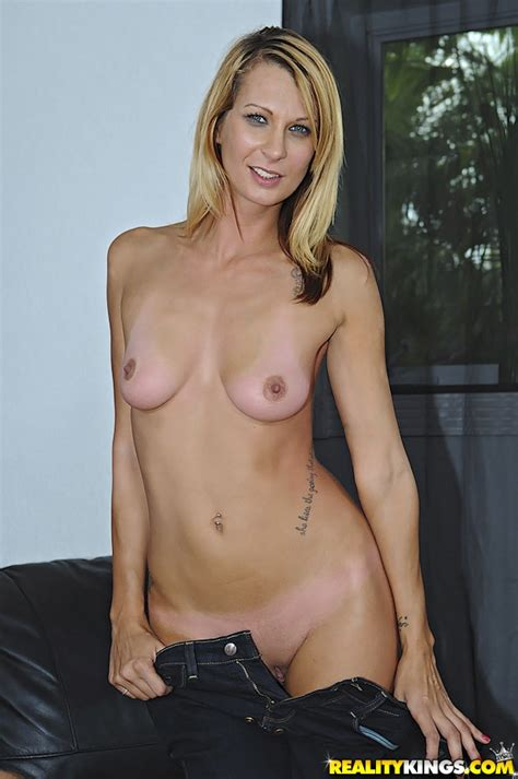 Slim Milf Is Having Wild Sex Milf Fox