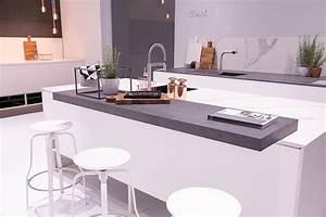 Farbe Für Arbeitsplatte : k chentheke ideen kitchen wei e k che scandinavische k che arbeitsplatte theke k che ~ Markanthonyermac.com Haus und Dekorationen