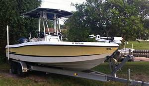 Sold    23ft Hydra Sports Bay Bolt Yamaha F225 2003