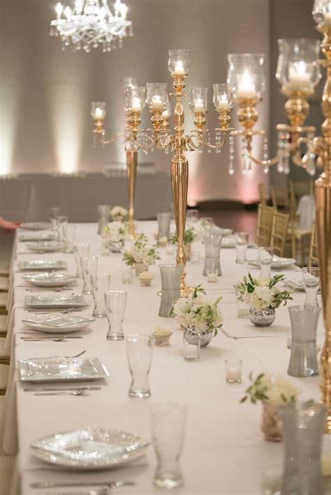 a classic elegant wedding at registry bistro in toledo ohio