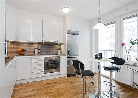 Bright Studio Apartment Kitchen Decoist