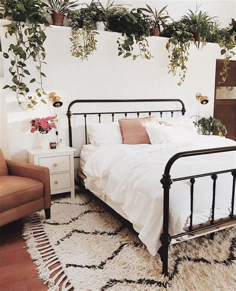Bedroom Designs With Plants by Best 25 Bedroom Plants Ideas On Plants In