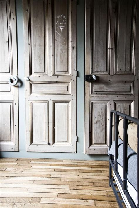porte de chambre a vendre 1000 idées sur le thème vieilles portes de placard sur