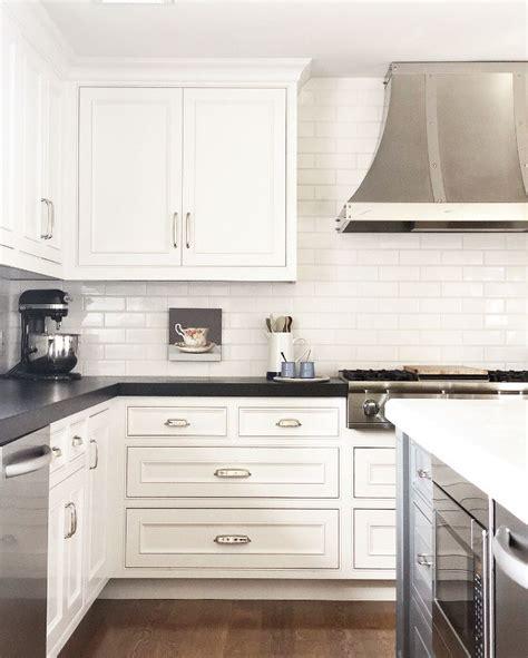 interior kitchen design photos best 25 granite countertop ideas on kitchen 4795