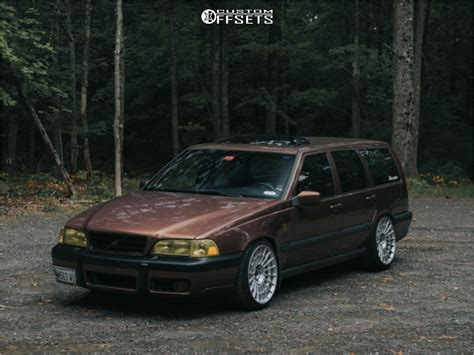 volvo  rotiform las  bc racing coilovers