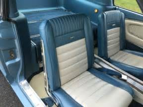 ford mustang fastback   pony interior