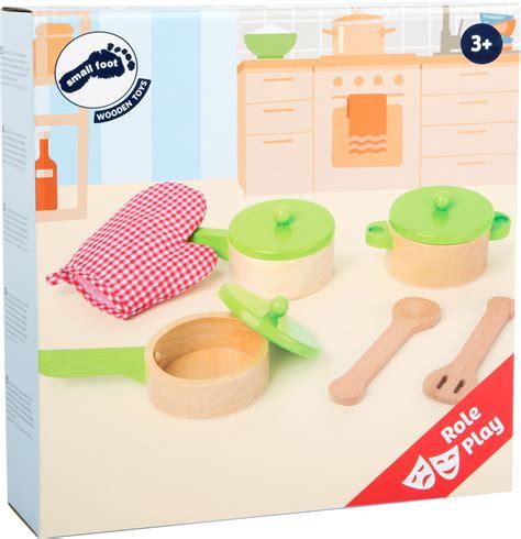 accessoires cuisine enfants kit accessoires cuisine pour enfants dans la cuisine