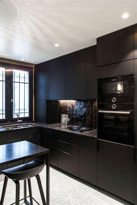 mur noir cuisine cuisine des photos déco pour s 39 inspirer côté maison