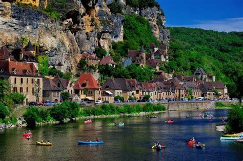 visit   beautiful villages  europe
