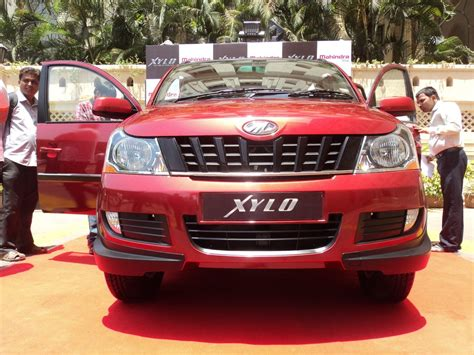 Lada H9 by Mahindra Xylo H9 Front Fascia