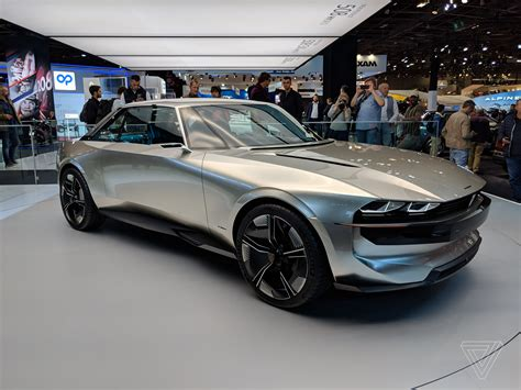 Peugeot Electric Car by Peugeot S E Legend Concept Is A Car For The