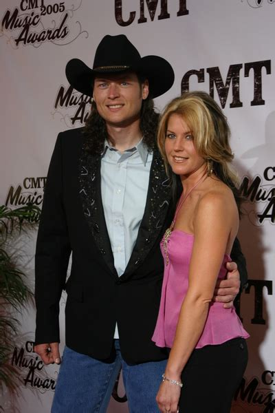 blake shelton first wife cele bitchy blake shelton s ex wife is working as a