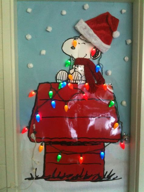 school door christmas decorating ideas pin by donna russ on crafts classroom