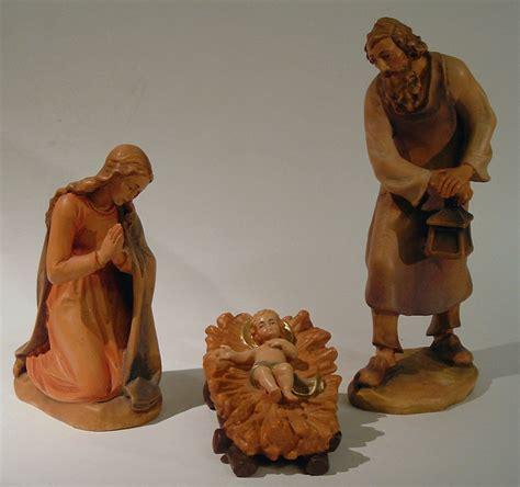 bergmann krippe heilige familie  cm holz kunst goertzde