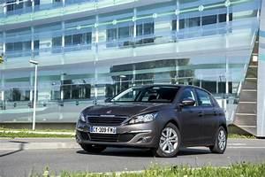 Peugeot Essence : essai peugeot 308 1 2 puretech le test de la 308 essence de 110 ch peugeot auto evasion ~ Gottalentnigeria.com Avis de Voitures