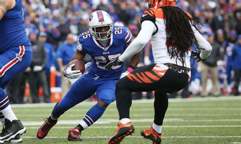 bills rb lesean mccoy scream cincinnati sucks