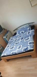 Bett Inkl Matratze : bett inkl lattenrost und matratze kaufen auf ricardo ~ Watch28wear.com Haus und Dekorationen