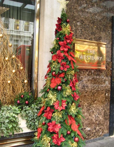 decorate christmas tree  flowers london delivery