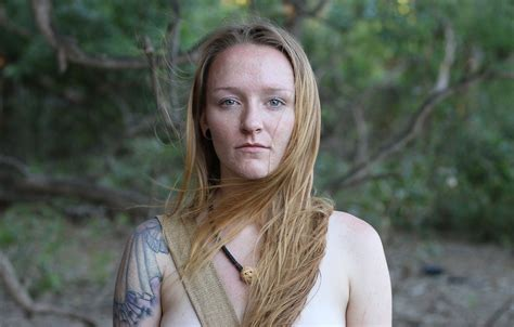 Teen Moms Maci Bookout Tries To Survive 14 Days On Naked And Afraid I Feel Really Confident