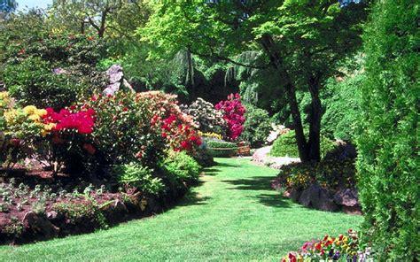 Free Backyard Design by Blumen Bilder Garten