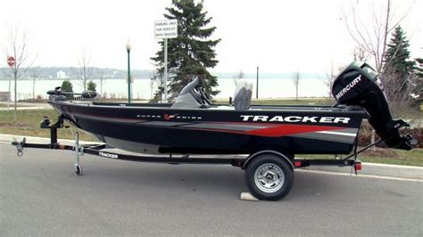 Bass Tracker Jet Boat Reviews by 2012 Tracker Boats Guide V 16 Boat Test Review 812