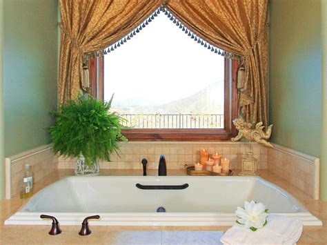 Bathroom Window Curtain-does It Really Matters?