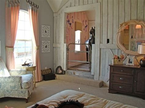 6 Easy Horse Themed Bedroom Ideas for Horse Crazy Kids   LuckyPony.com Blog