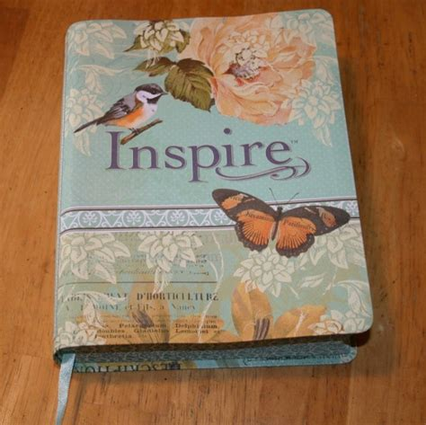 NLT Inspire Bible Review - Bible Buying Guide