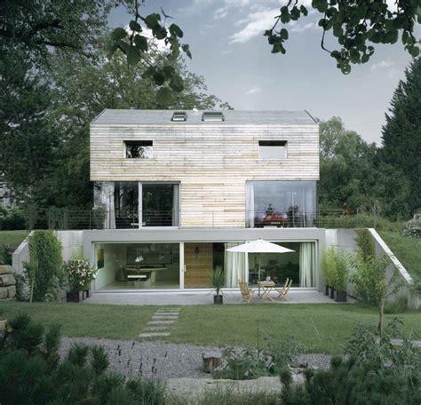 Moderne Schmale Häuser by T Bone House By Coast Haus Haus Architektur Schmale